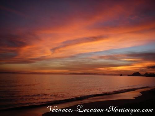 Coucher du soleil sur la plage des Salines à 2 kms de la villa