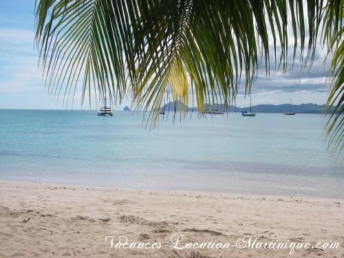 Plage Pointe-Marin (plage du Club-Med) avec vue sur le rocher du Diamant de Martinique